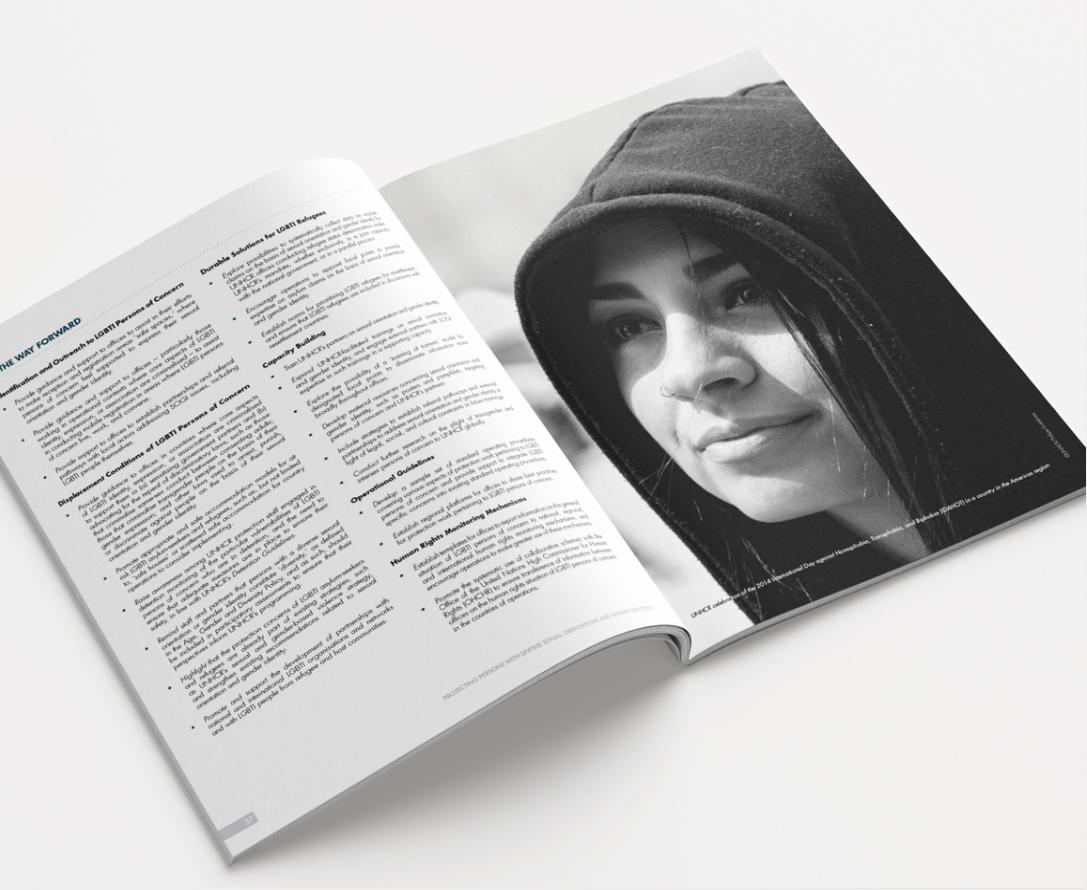 Brochure_Mockup_01